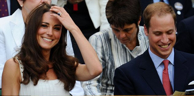 Kate Middleton wearing natural blue sapphire engagement ring