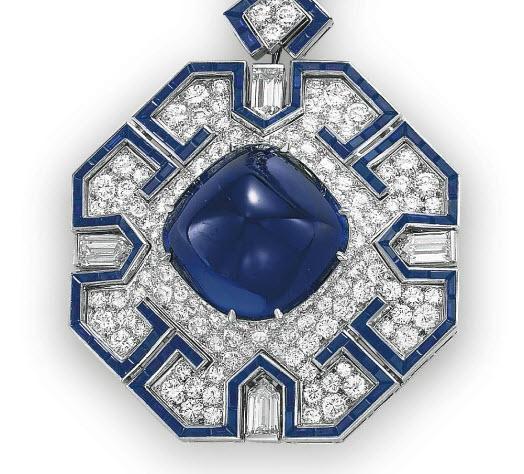 blue sapphire sautoir closeup