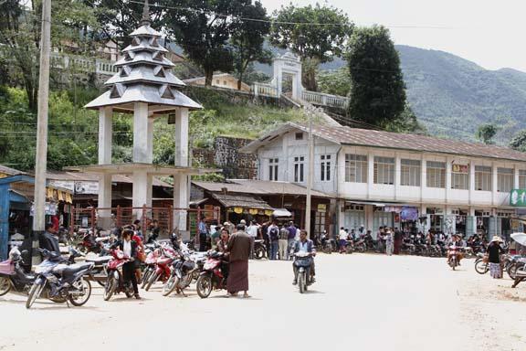 Eastern part of Lèoo quarter.