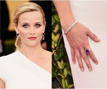 Reese Witherspoon with her sapphire jewelry