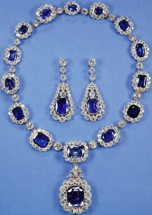 Kate Middleton's Royal Baby : Sapphires Fit For A Princess