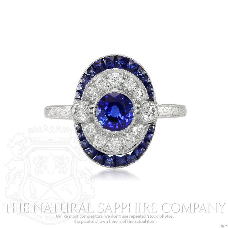 round-blue-sapphire-vintage-ring-0.7 Ct