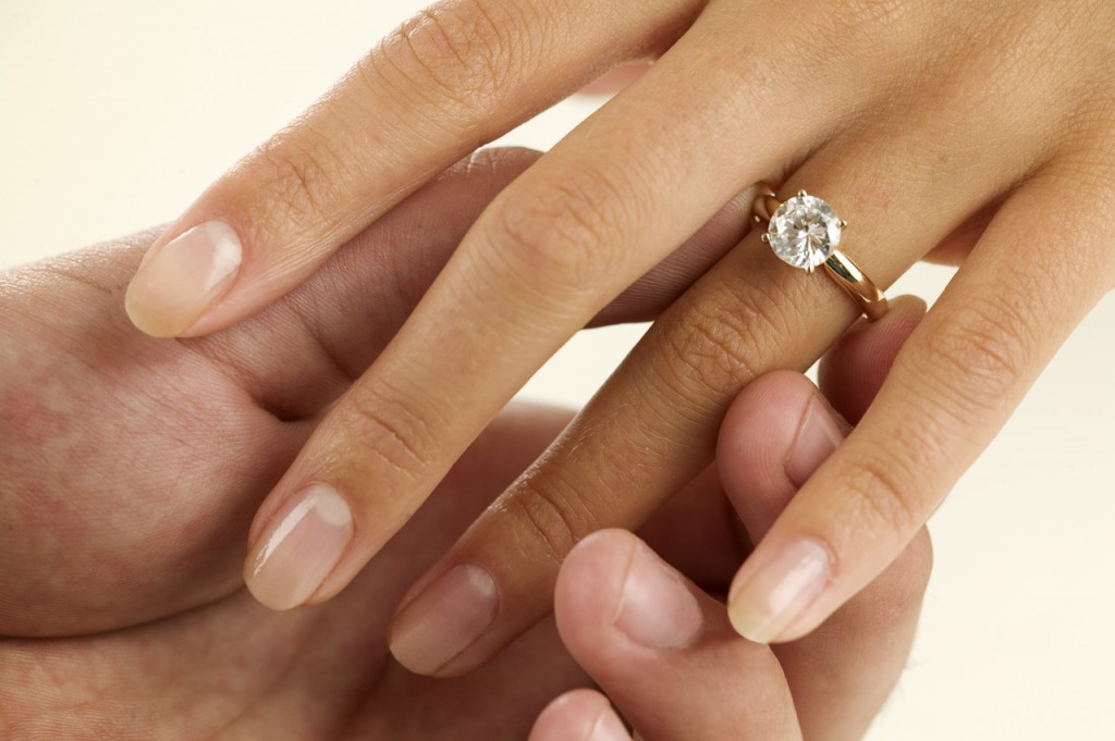 Diamond-Engagment-Ring