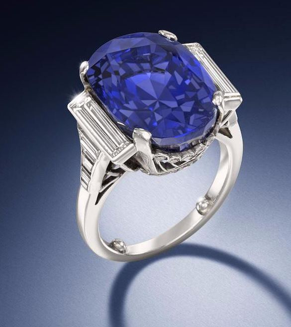 bonhams-sapphire-and-daimond-ring