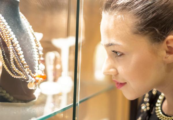 buyer-beware-jewelry-shopping