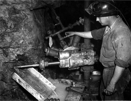 underground gold mining