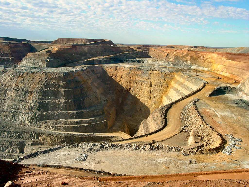 Gold Prospecting, Mining, and Refining | Gold Processes and Uses