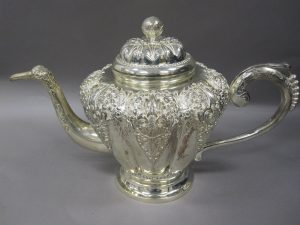 silver teapot luster