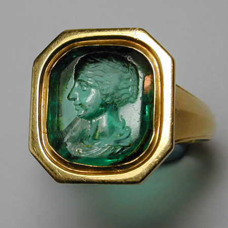 emerald intaglio ring