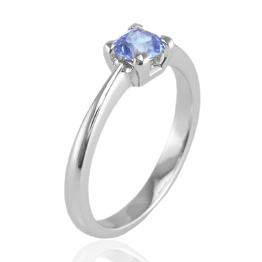 sapphire ring with tapered shank
