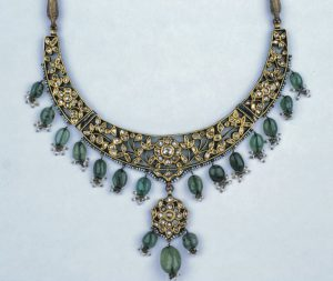Indian emerald necklace