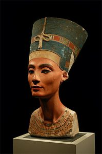 Egyptian Nefertiti bust