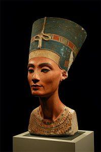 Egyptian Nefertiti bust
