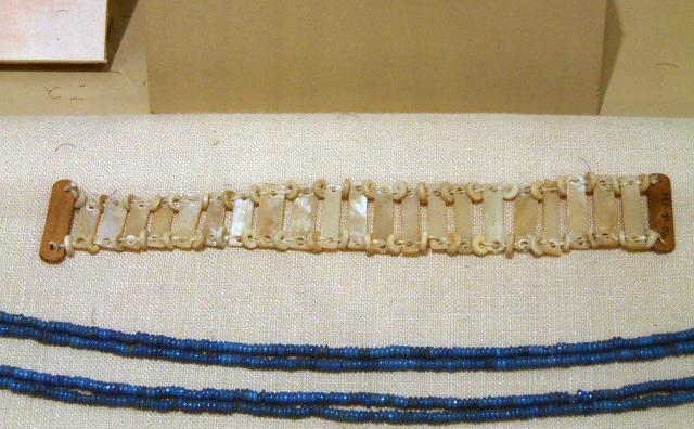 Nubian shell bracelet