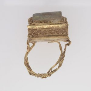 phoenician gold ring