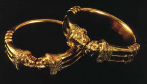 assyrian gold bracelets