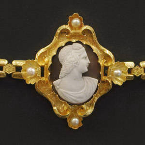 antique cameo bracelet