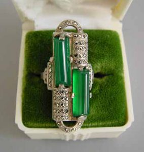 Art Deco chrysoprase ring