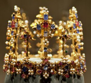 oldest surviving english crown