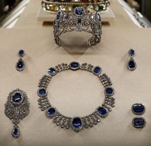 sapphire and diamond parure