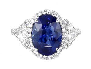 Ceylon oval blue sapphire diamond ring