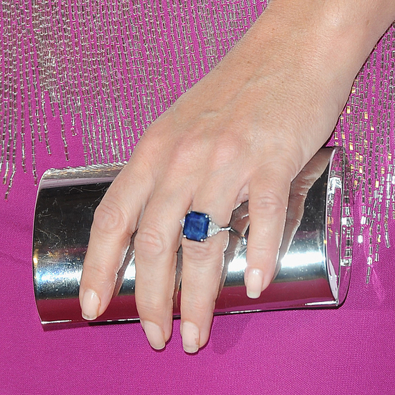 Elizabeth Hurley blue sapphire engagement ring
