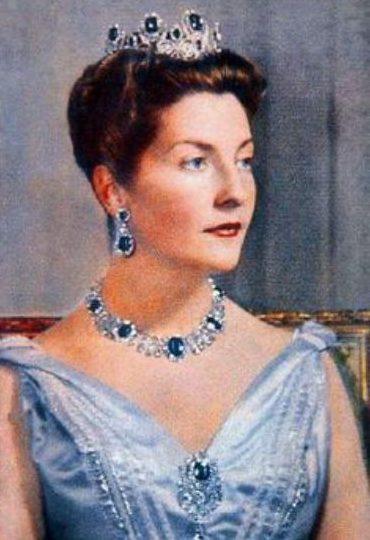 princess isabella of orleans sapphire parure