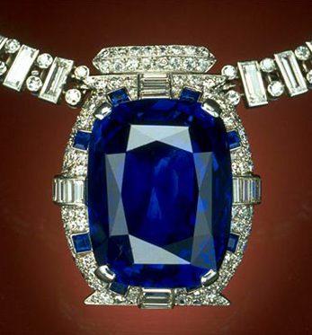 famous bismarck sapphire necklace
