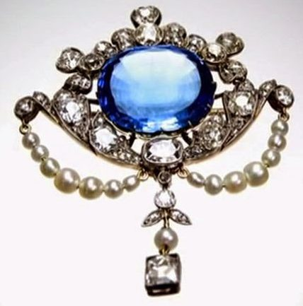 connaught sapphire brooch