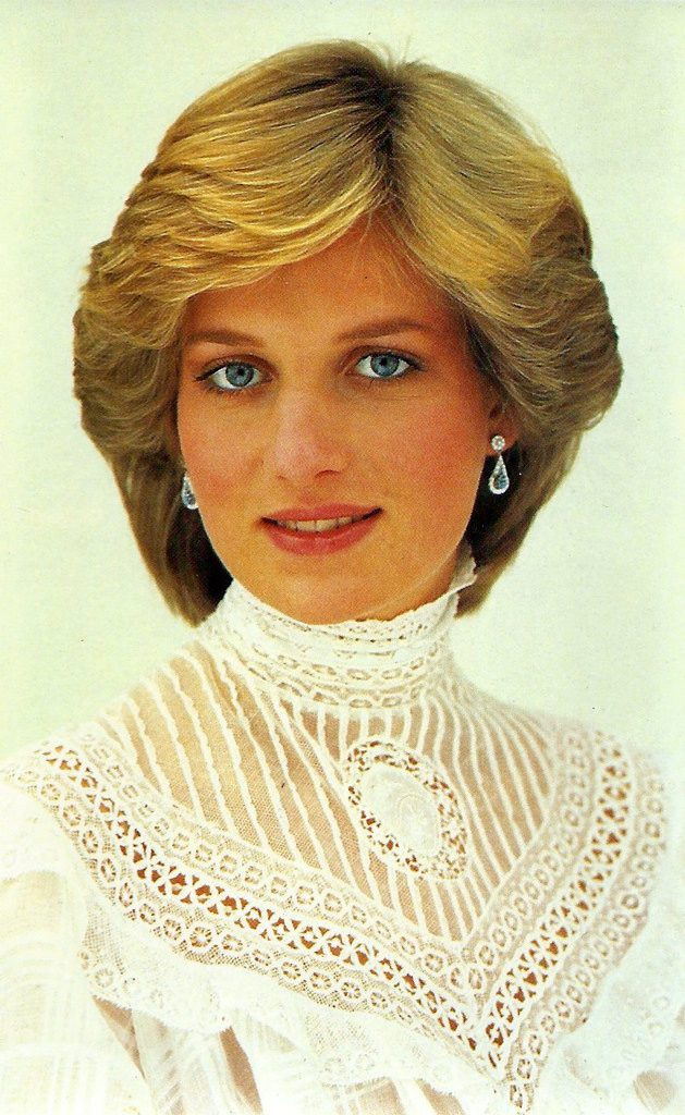 princess diana royal sapphires