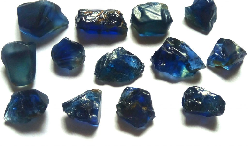 blue sapphire crystal clarity