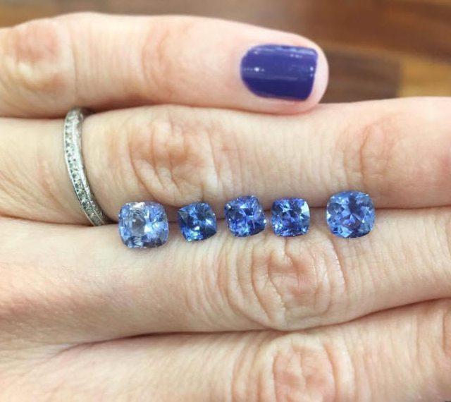blue sapphires carat weight size