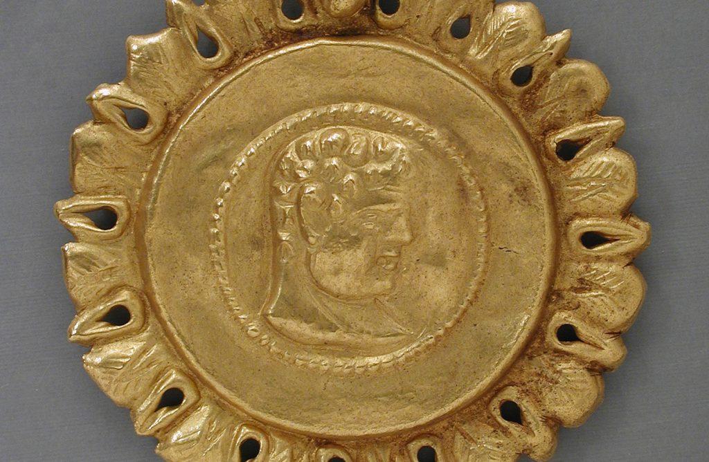 ancient gold emperor pendant